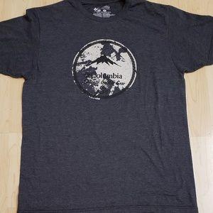 👕EUC👕 Columbia 50/50 Graphic Tshirt